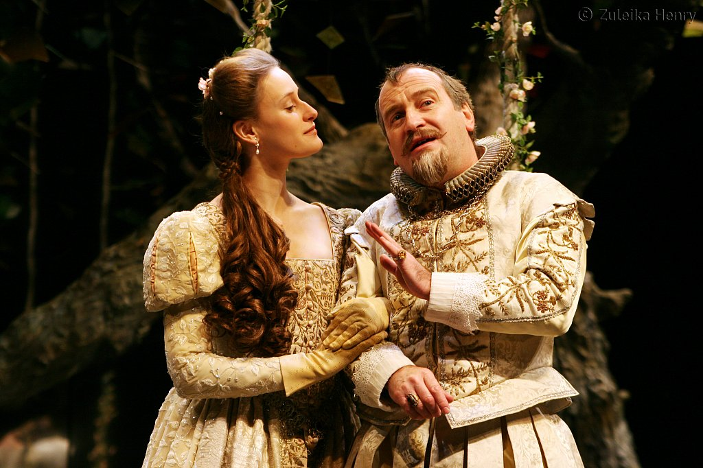 Mariah Gale as The Princess of France and Mark Hadfield as Boyet