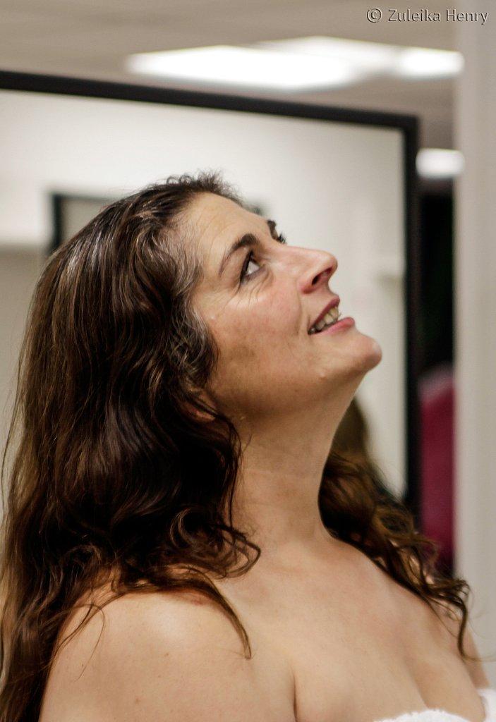 Kim Hicks in Love in a Mirror by Annie Warburton