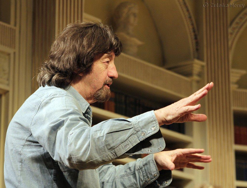 Trevor-Nunndirecting-Relative-Values-at-Theatre-Royal-June-2013.jpg