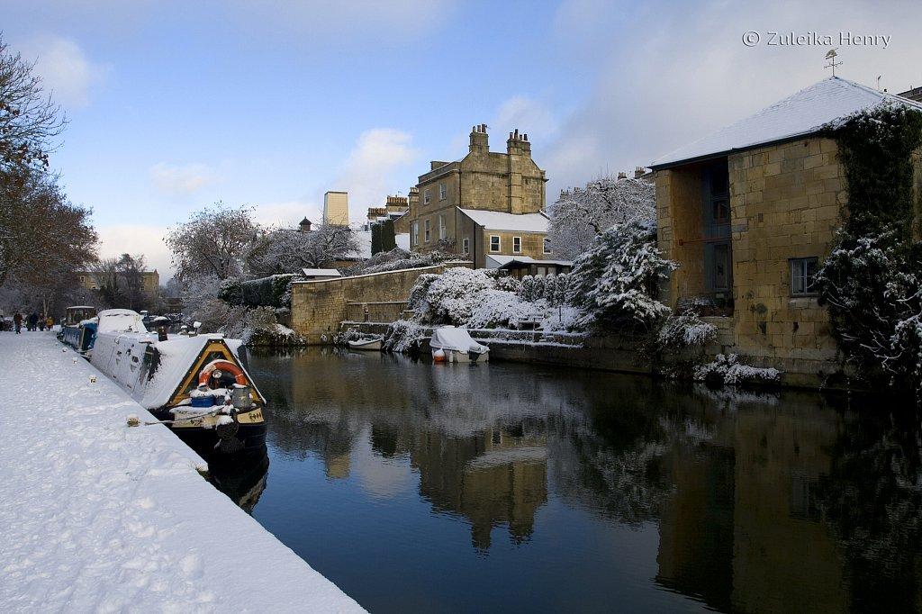Bath in the snow, Winter 2011