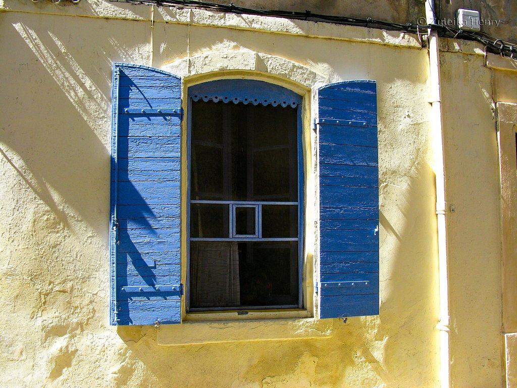60-Zuleika-Henry-Arles-Provence-France-25.jpg