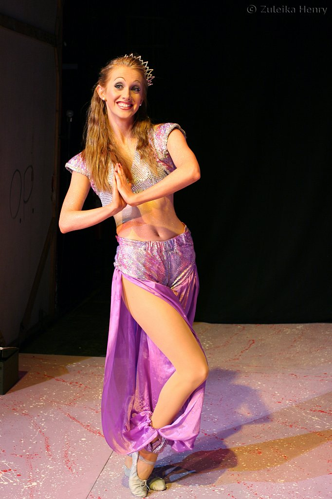 Emily Alexander as genie of the ring