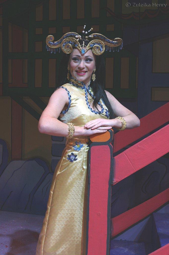 Lauren James as the Princess