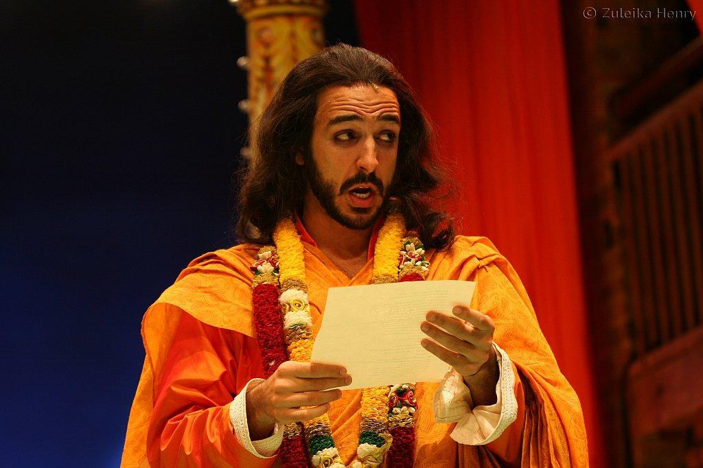 Amir Arison as King Ferdinand of Navarre