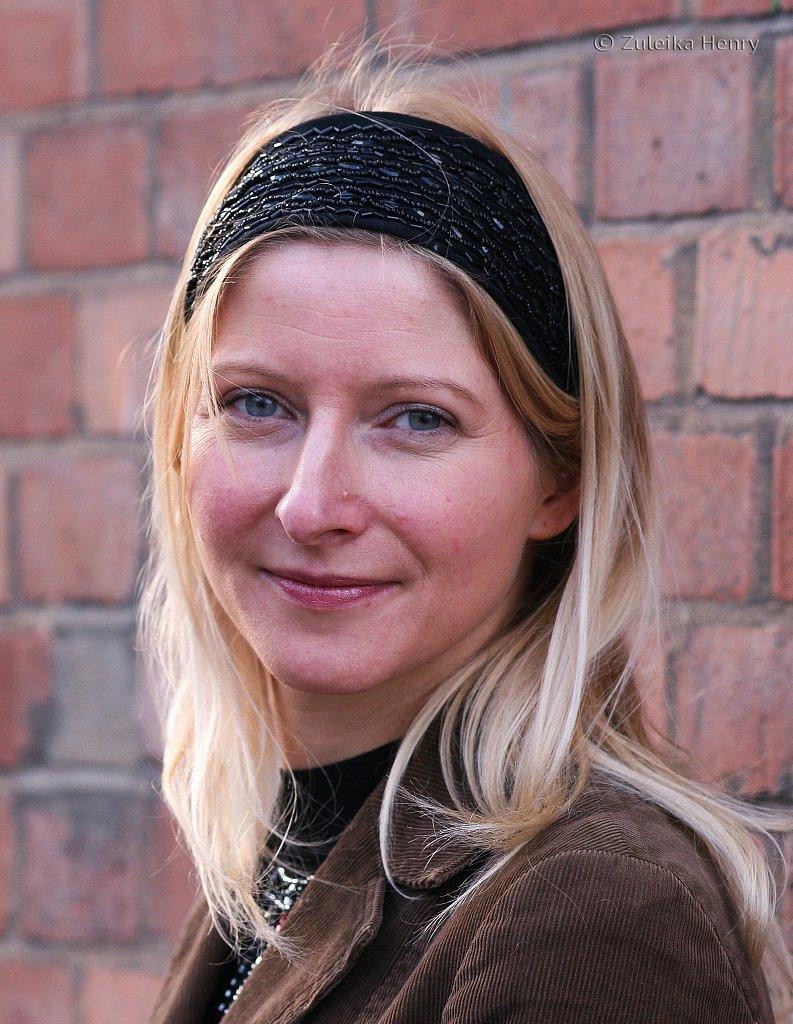 Claire Williamson writer