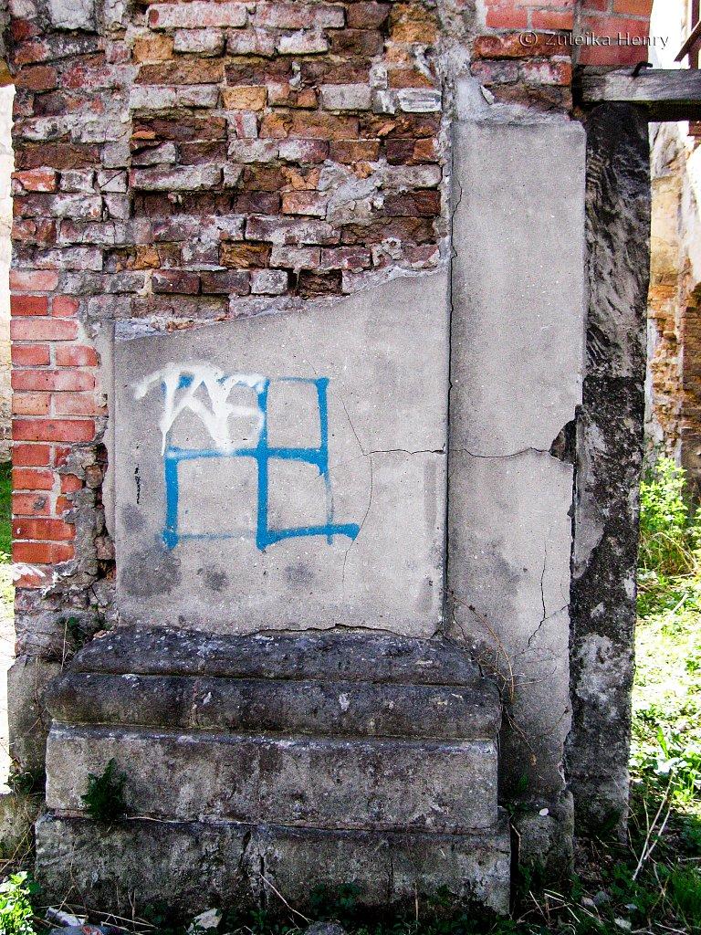 Dzialoszyce Synagogue