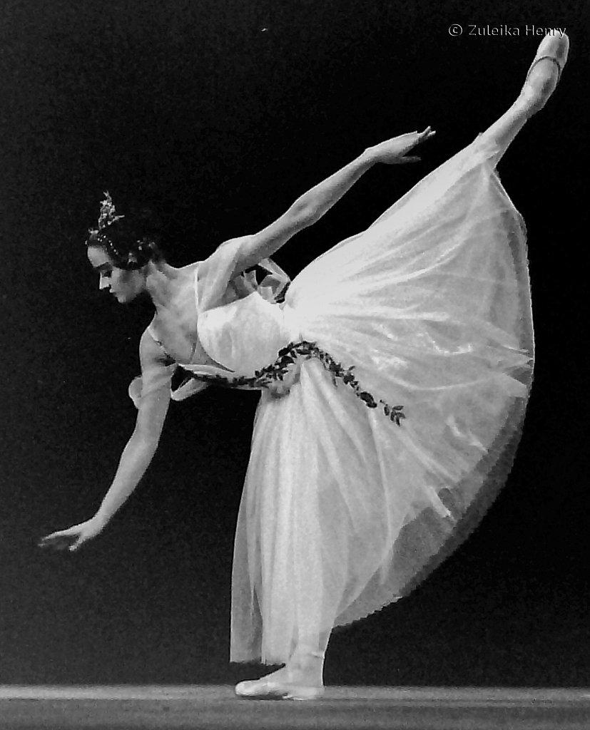 Birmingham Royal Ballet production of Giselle 1992 starring Ravenna Tucker and Joseph Cipolla