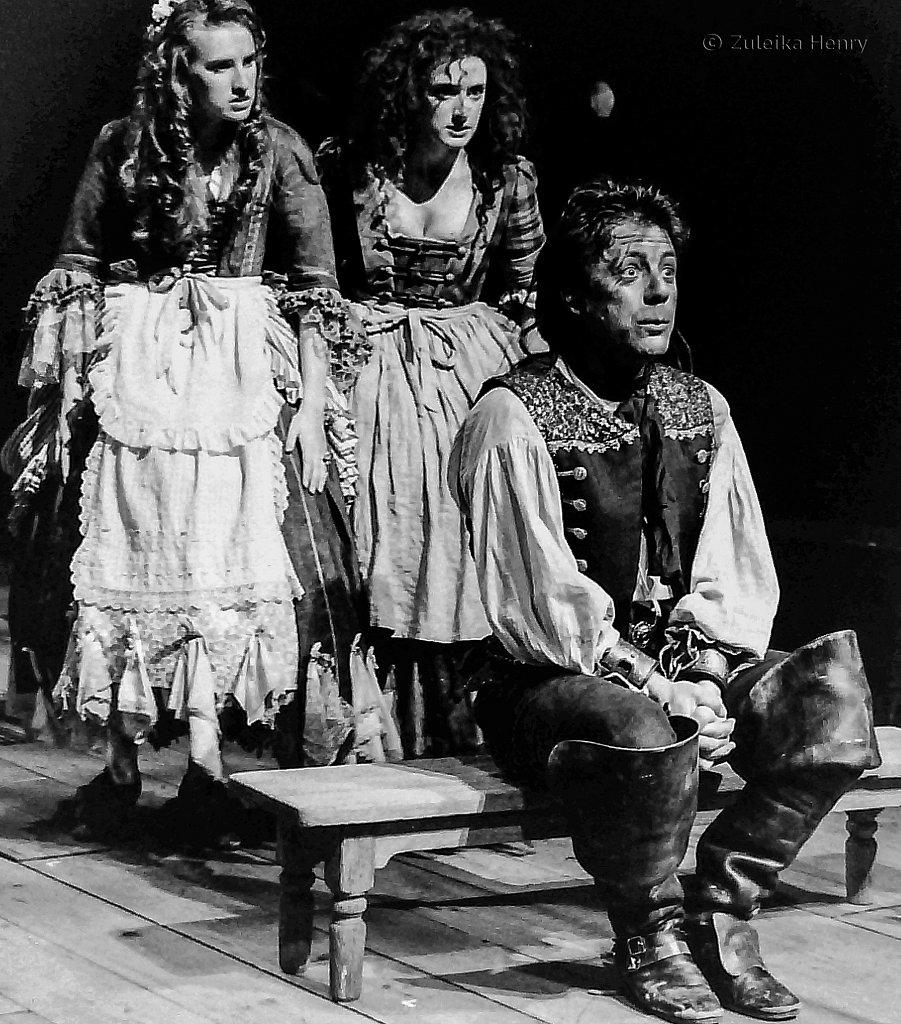 09-Zuleika-Henry-RSC-Beggars-Opera-1992.jpg