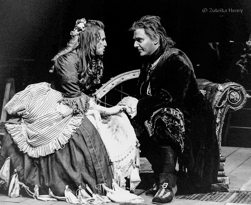 15-Zuleika-Henry-RSC-Beggars-Opera-1992.jpg