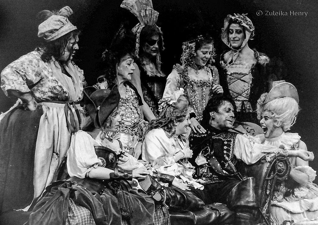 26-Zuleika-Henry-RSC-Beggars-Opera-1992.jpg