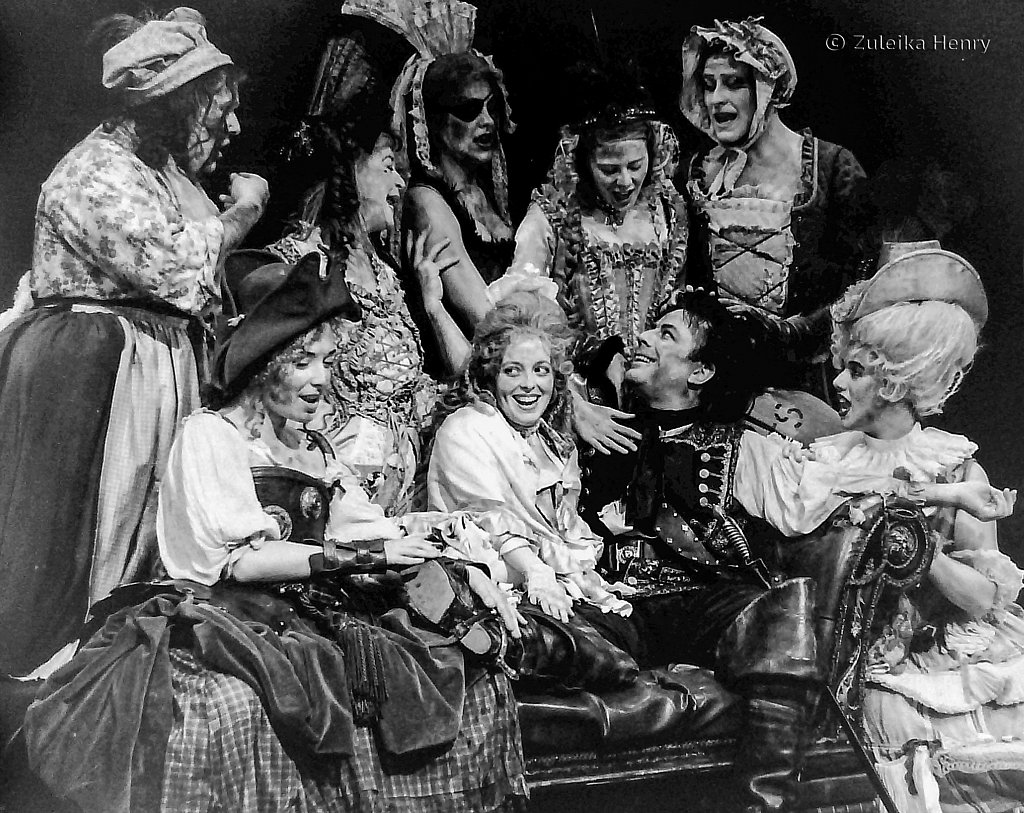 27-Zuleika-Henry-RSC-Beggars-Opera-1992.jpg