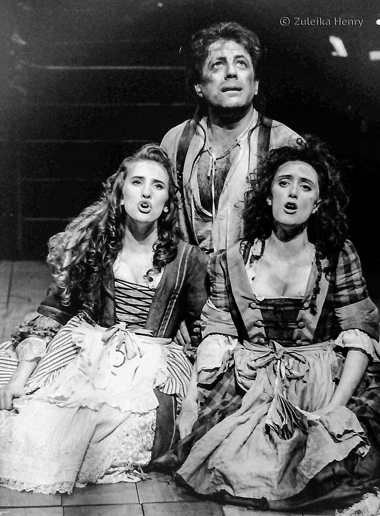 42-Zuleika-Henry-RSC-Beggars-Opera-1992.jpg