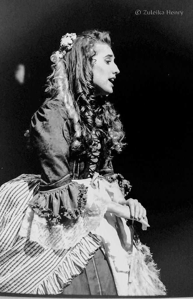 58-Zuleika-Henry-RSC-Beggars-Opera-1992.jpg