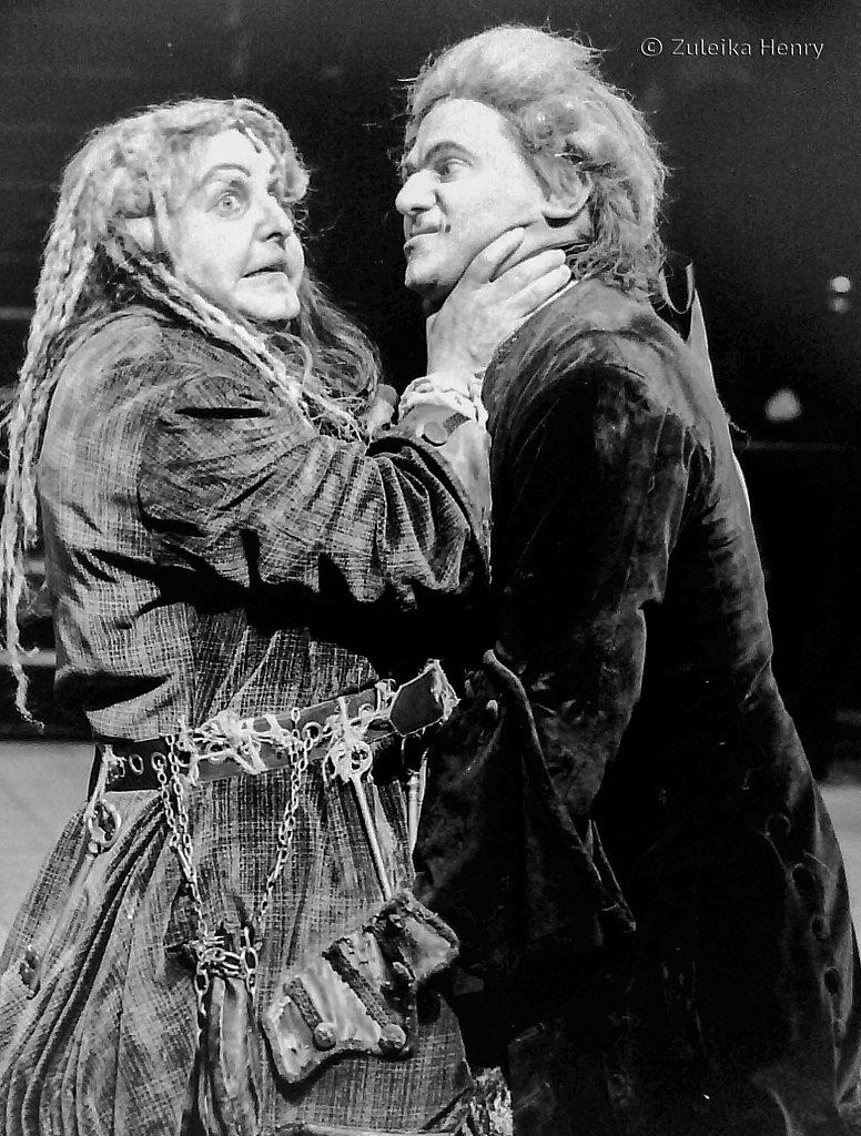 66-Zuleika-Henry-RSC-Beggars-Opera-1992.jpg