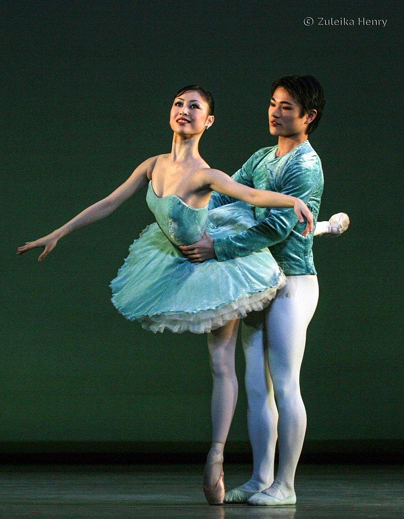 Momoko Hirata and Kosuke Yamamoto in Spring BRB The Seasons 2006
