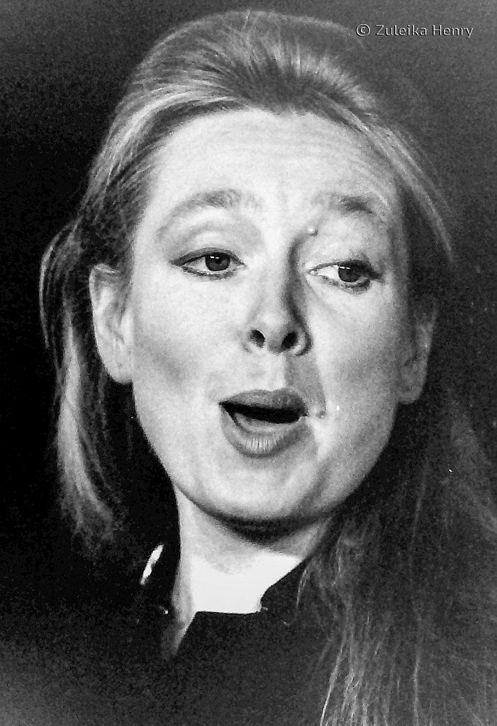 Anne O'Neill as Sarah Brown