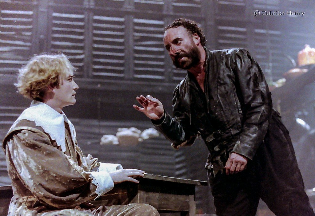 Raymond Coulthard as Chritian de Neuvillette and Antony Sher asCyrano