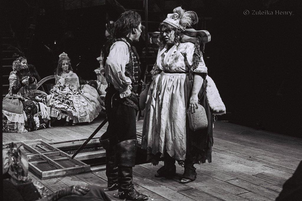 Zuleika-Henry-Beggars-Opera-RSC-1992-3.jpg