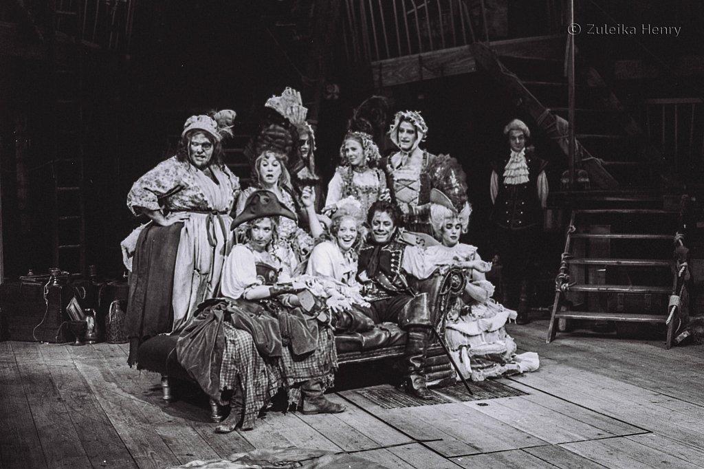 Zuleika-Henry-Beggars-Opera-RSC-1992-8.jpg