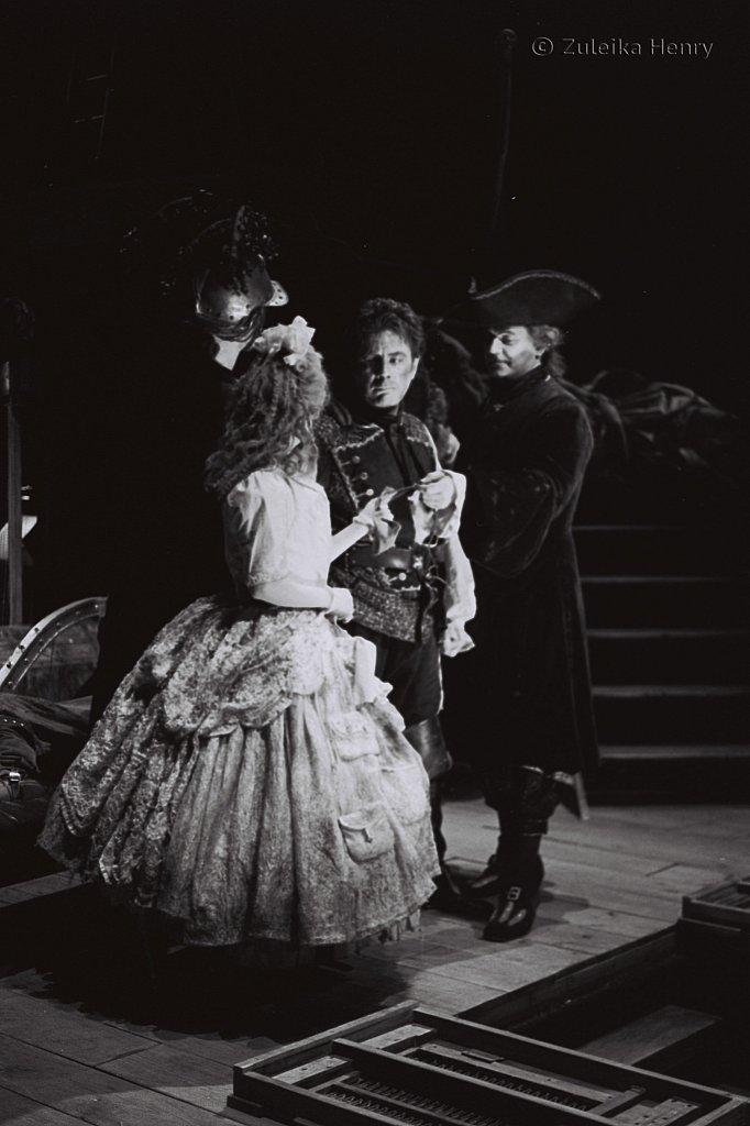 Zuleika-Henry-Beggars-Opera-RSC-1992-10.jpg