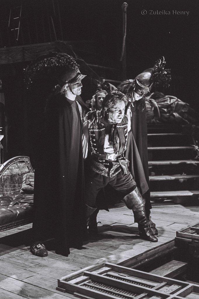 Zuleika-Henry-Beggars-Opera-RSC-1992-12.jpg