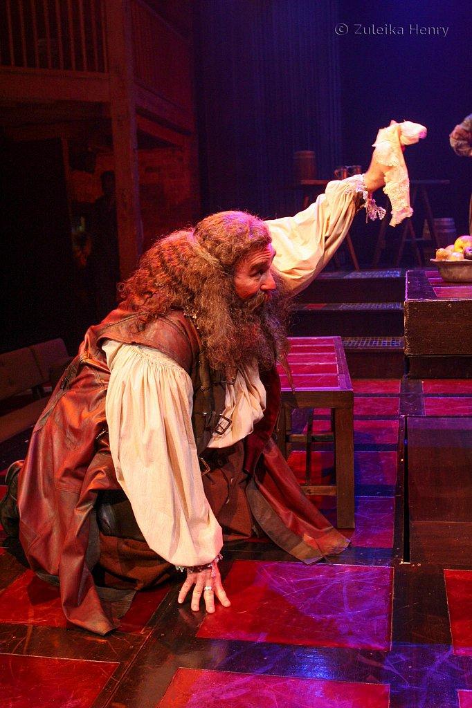 Greg Vinkler as Falstaff