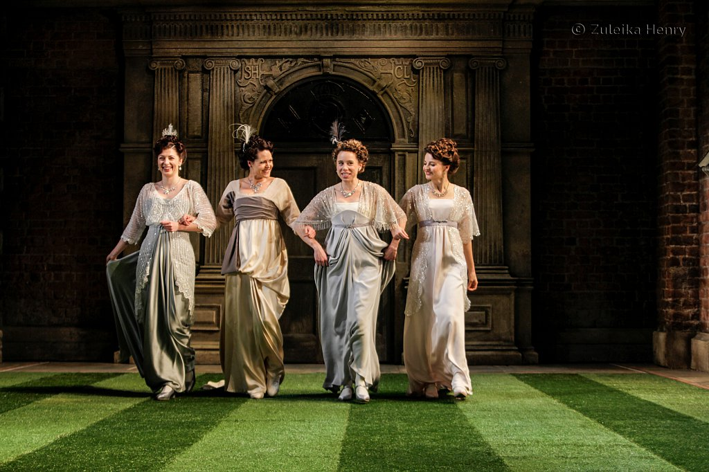 Francis MacNamee as Maria, Leah Whitaker as Princess of France, Michelle Terry as Rosaline and Flora Spencer-Longhurst as Katherine