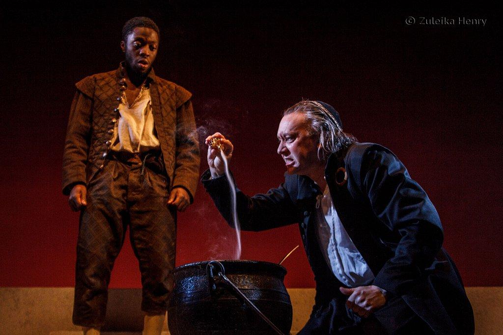 Lanre Malaolu as Ithamore and Jasper Britton as Barabas