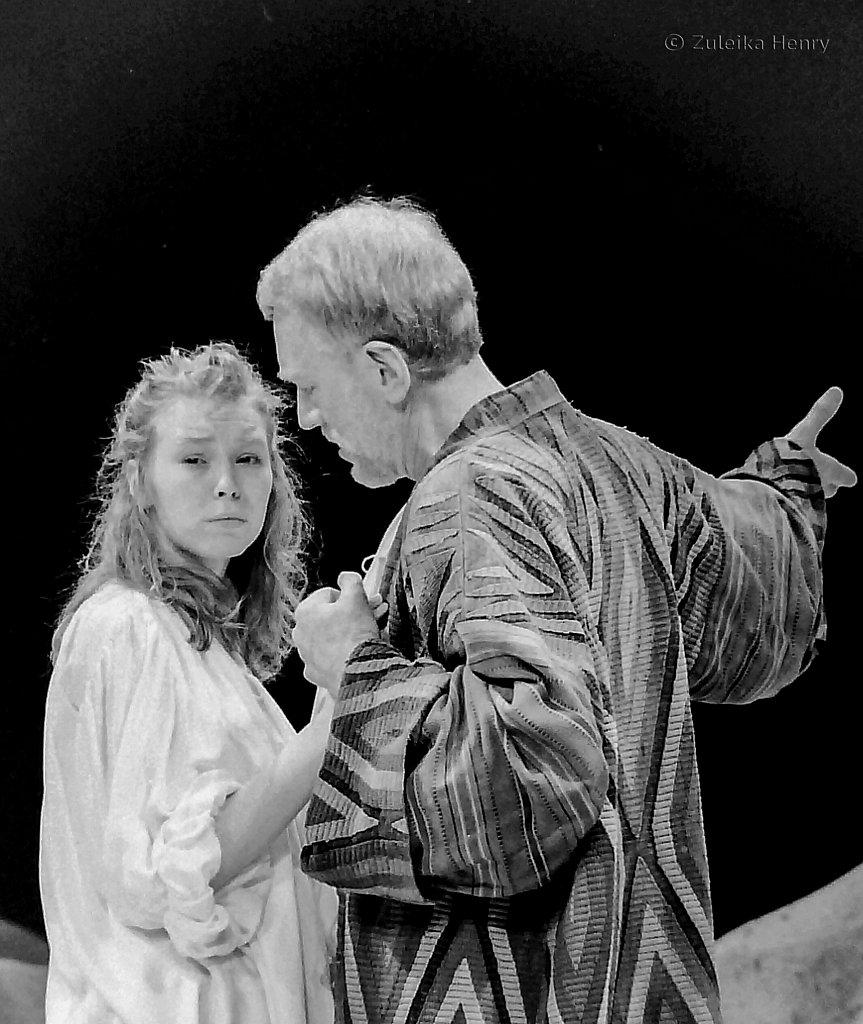 Zuleika-Henry-The-Tempest-The-Old-Vic-dir-Jonathan-Miller-1988-5.jpg