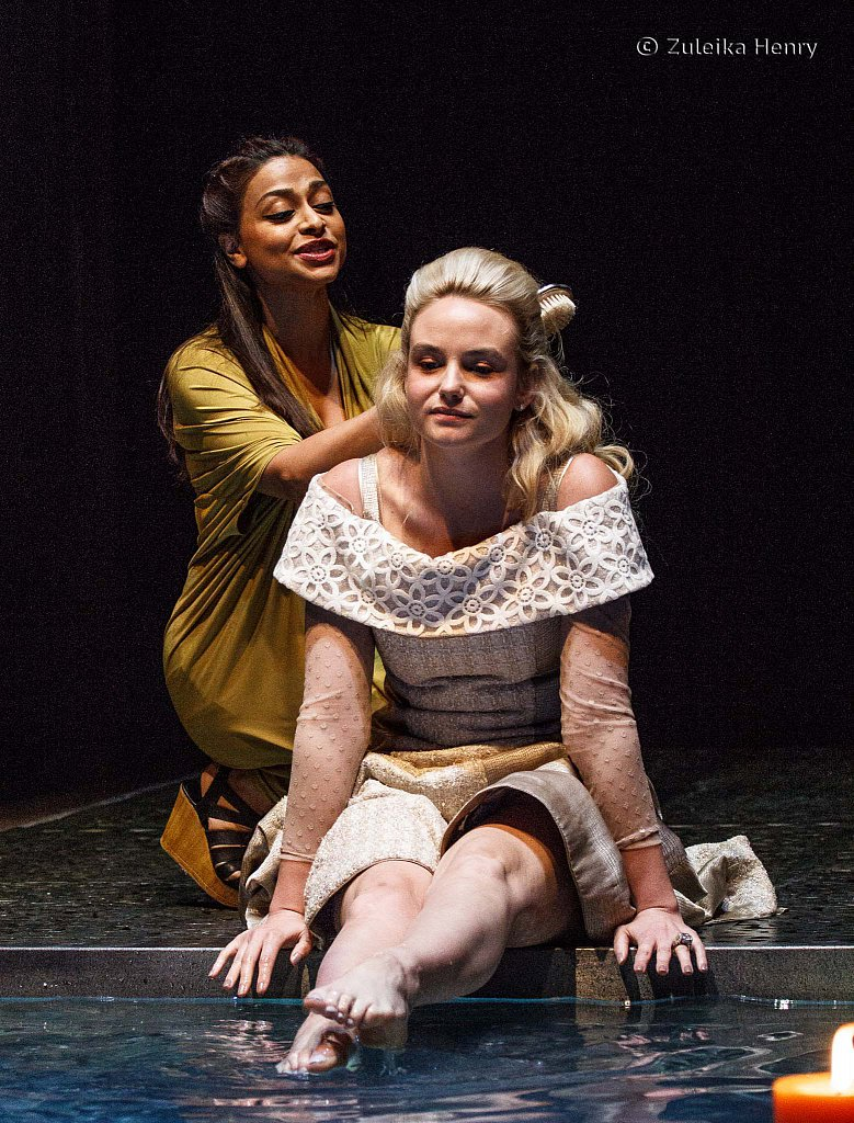 91-Zuleika-Henry-RSC-Othello-2015.jpg