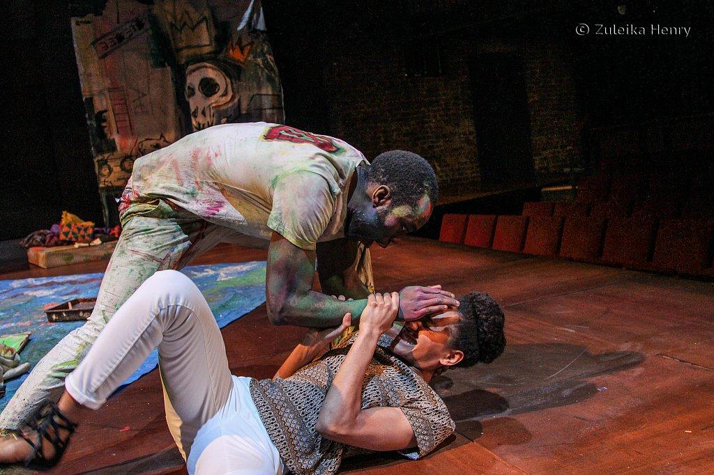 Paapa Essiedu as Hamlet and atalie Simpson as Ophelia