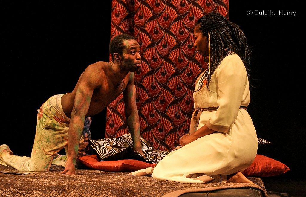 Paapassiedu as Hamlet and Tanya Moodie as Gertrude