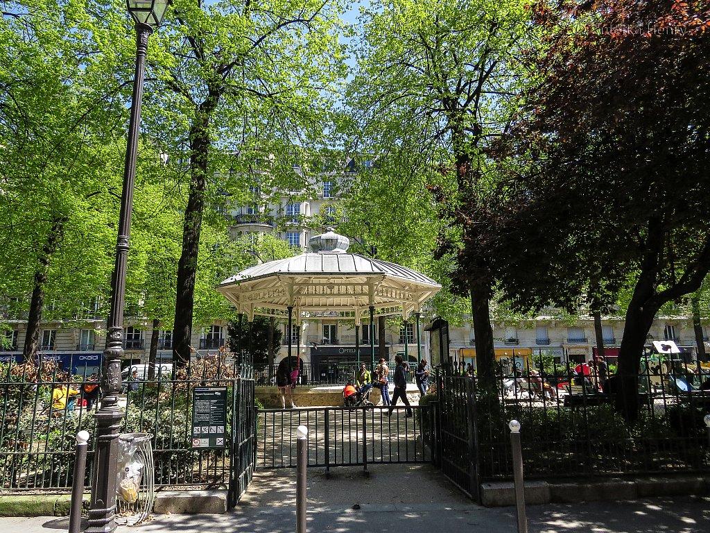 29-Zuleika-Henry-Paris-in-the-Spring-2016.jpg