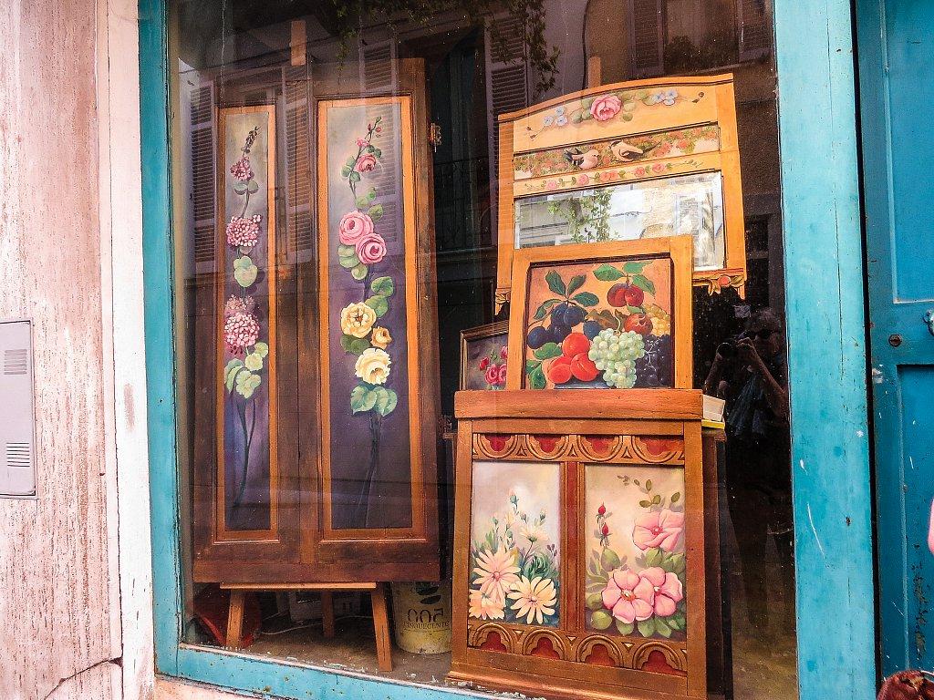 Shop window in Asti