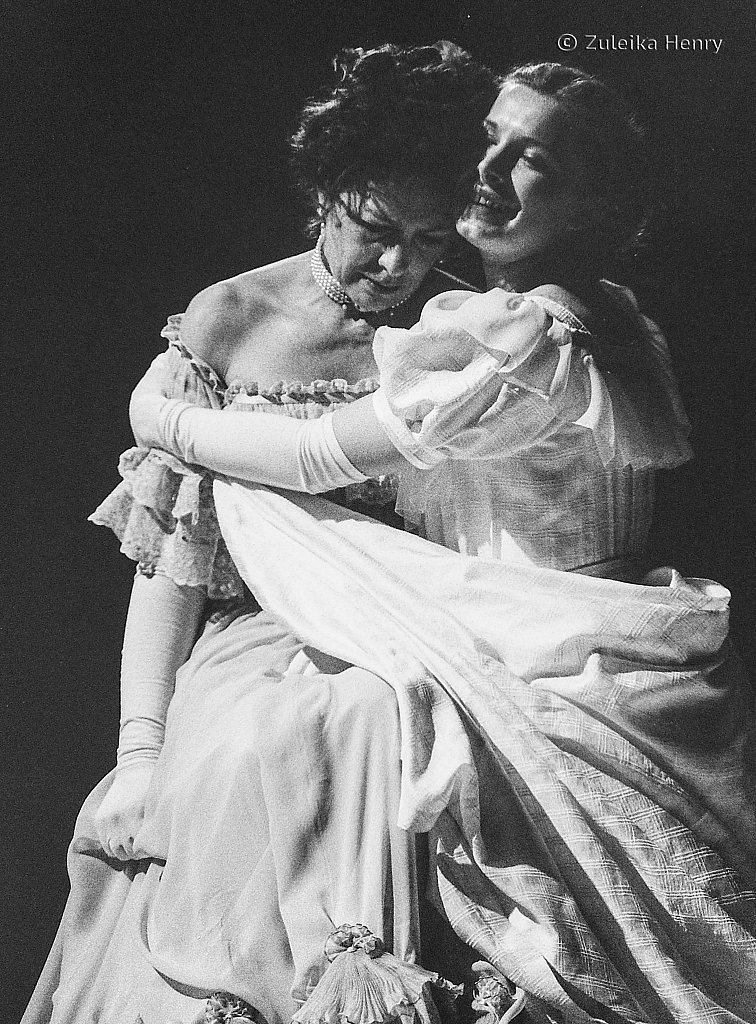 on as Madame RanyeRSC The Cherry Orchard 1996skaya and Lucy Whybrow as Anya