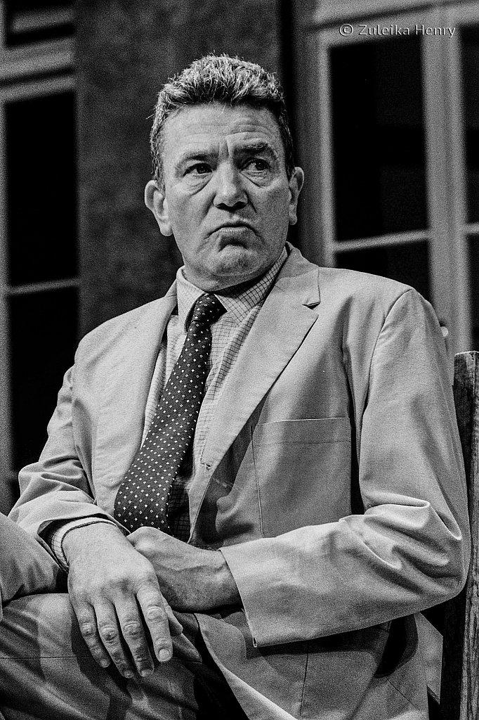 Albert Finney as J.J. Farr