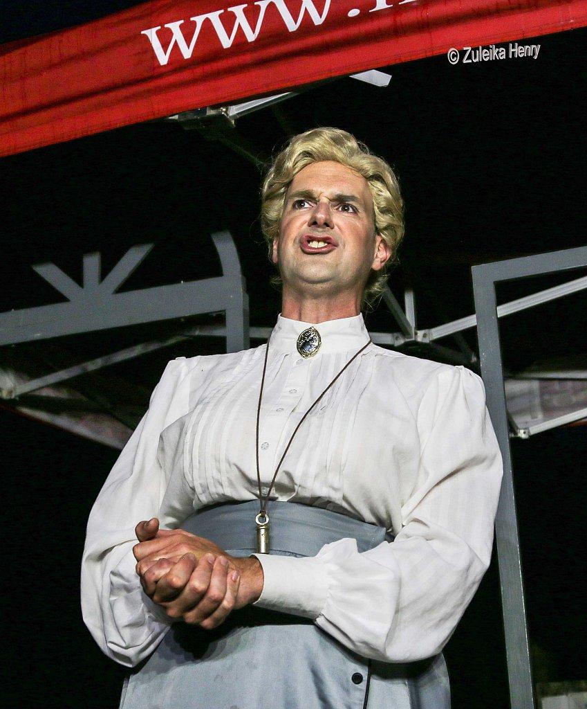 241-Zuleika-Henry-Mikron-Theatre.jpg