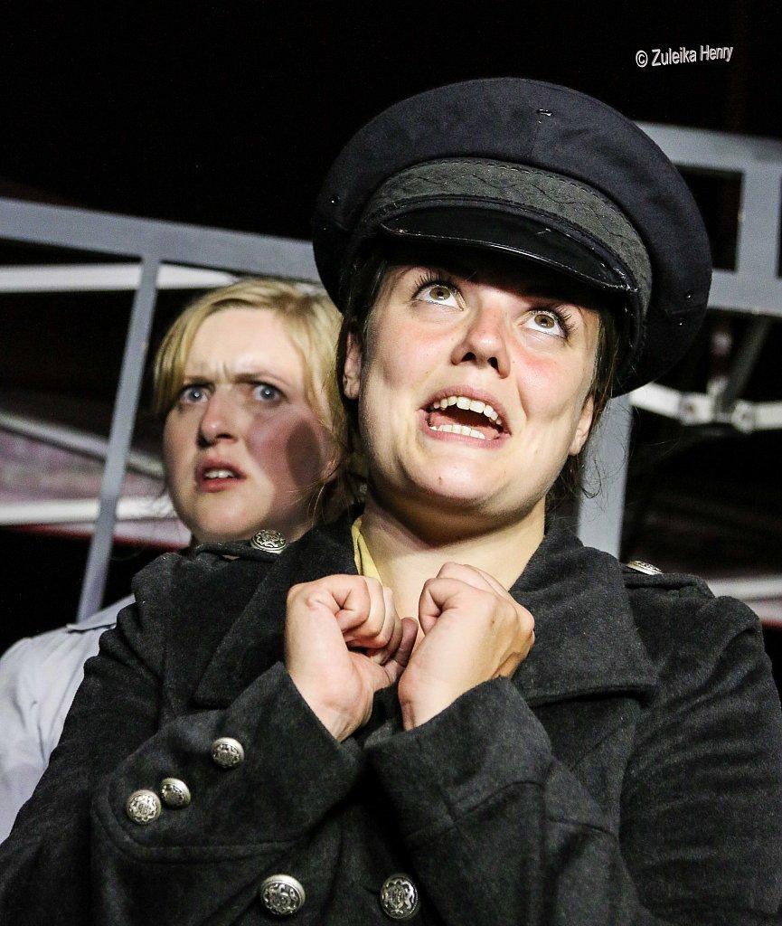 264-Zuleika-Henry-Mikron-Theatre.jpg
