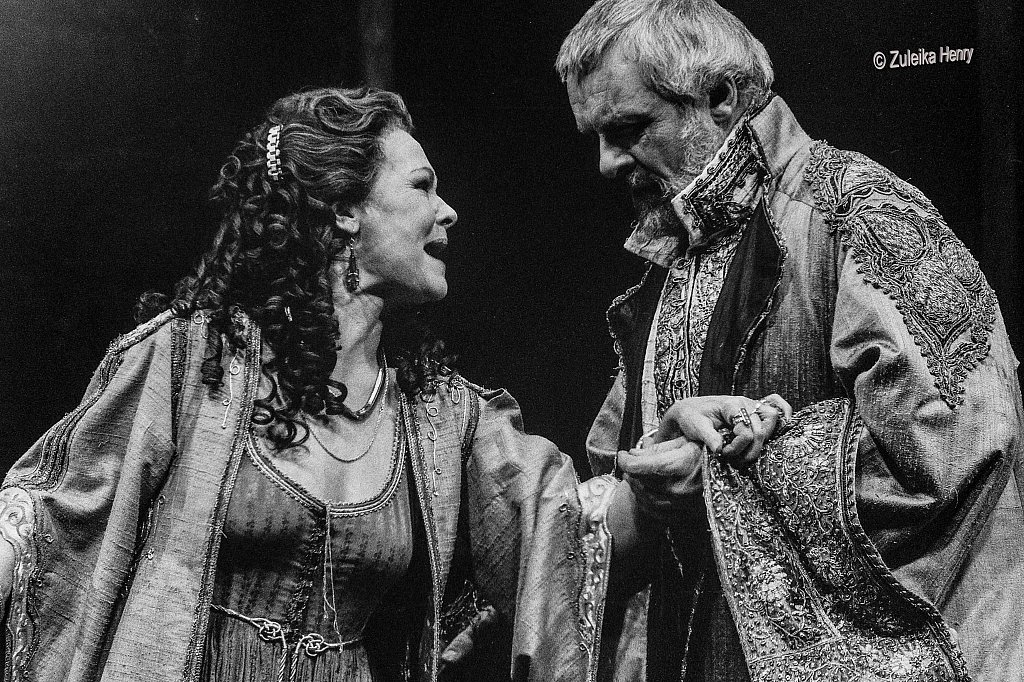 07-Zuleika-Henry-NT-Judi-Dench-and-Antony-Hopkins-Antony-and-Cleopatra-1987.jpg