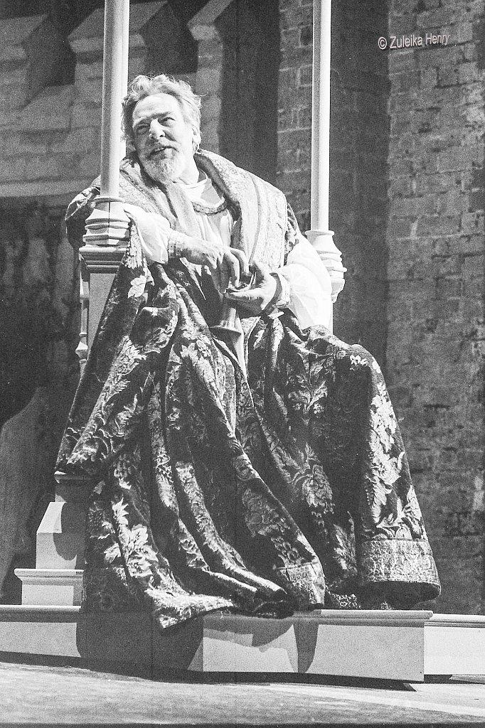 07-Zuleika-Henry-RSC-Stratford-1986-Richard-II.jpg