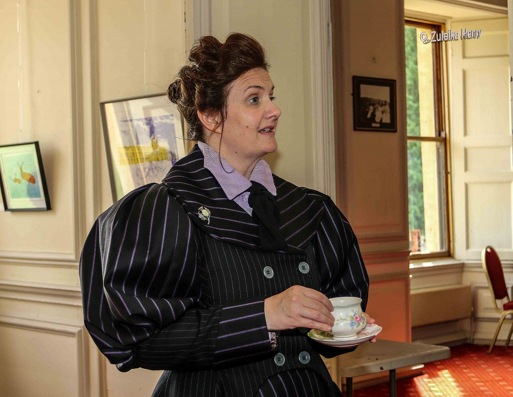 Rachael Fagan as Esme Smyth