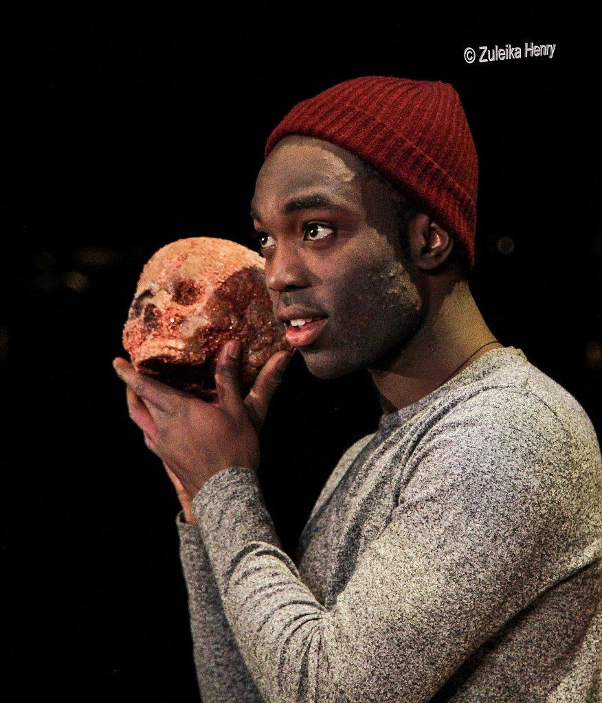 214-Zuleika-Henry-RSC-Hamlet-2016.jpg
