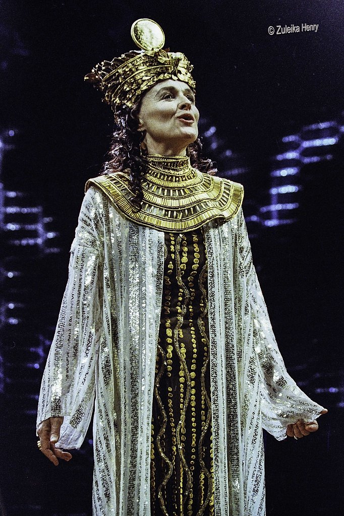 Antony and Cleopatra 2002